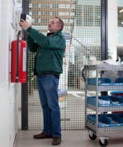 deBesteEHBOdoos verkoopt en onderhoudt gebruiksvriendelijke, letselgerichte BHV verbanddozen
