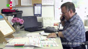een medewerker van deBesteEHBOdoos neemt contact op voor de controle van de verbanddozen